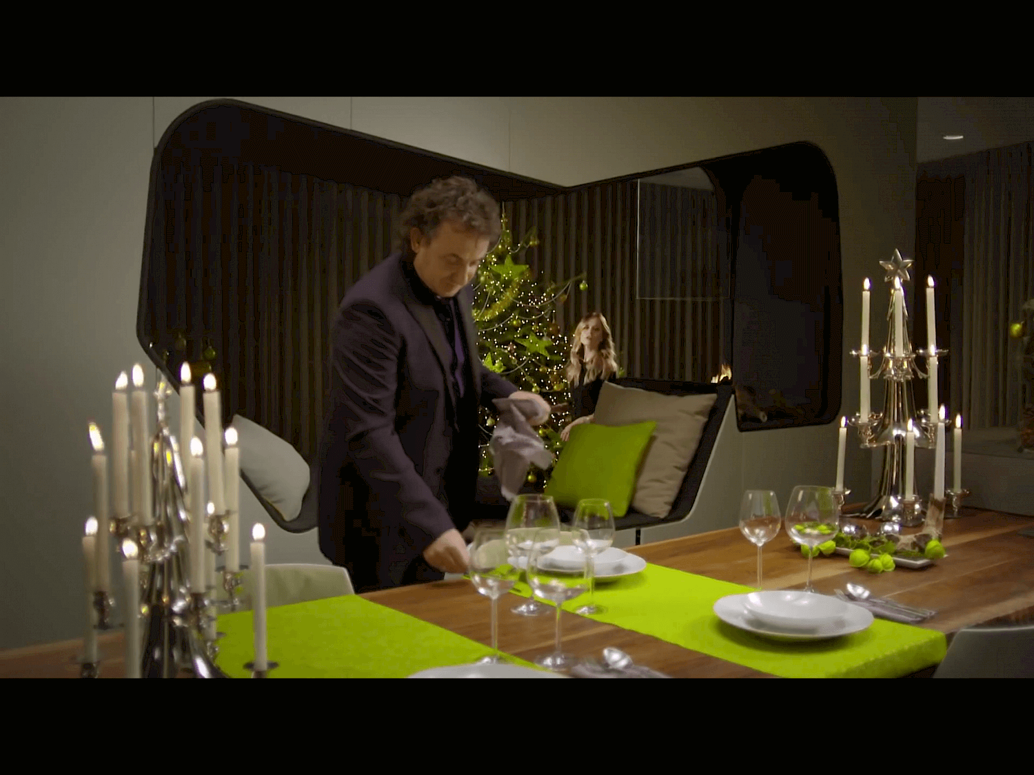 Televisie kerstcommercial voor sky radio opgenomen in for Cloud 9 villas
